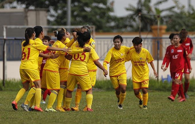 Phong Phú Hà Nam thắng 1-0 TP.HCM