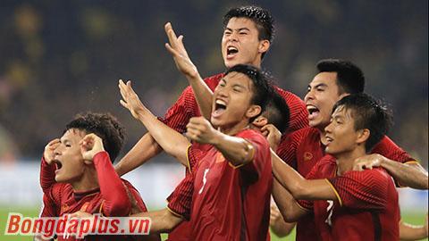 Đội tuyển Việt Nam lên hạng 92 thế giới, cách vị trí lịch sử chỉ còn 12 bậc