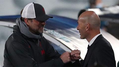 Zidane đáp trảlời chê bai của Klopp về sân đấu của Real