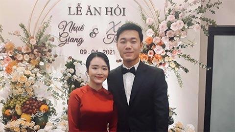 Kiatisak chúc mừng Xuân Trường lấy vợ