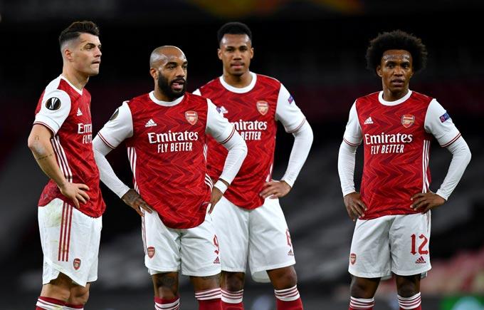 Được thi đấu trên sân nhà nhưng Arsenal chỉ có được 1 trận hòa