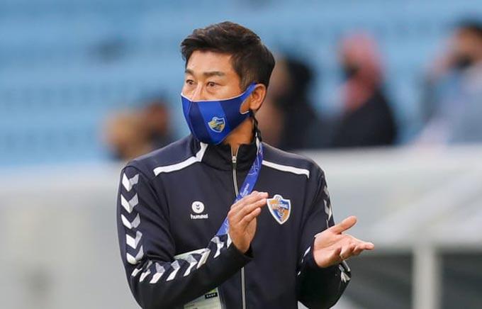 HLV Kim Do Hoon đang thất nghiệp sau khi chia tay Ulsan Hyundai