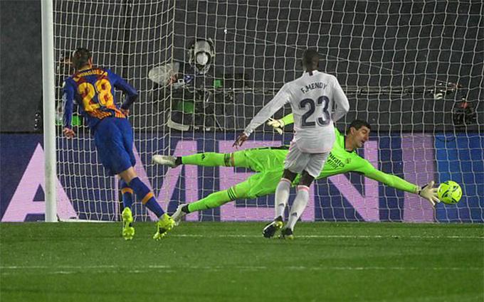 Bàn danh dự của Barca