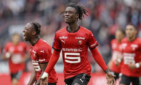 Eduardo Camavinga đã thi đấu 75 trận cho Rennes dù mới 18 tuổi