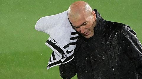Zidane thừa nhận cầu thủ Real đang 'cạn pin'