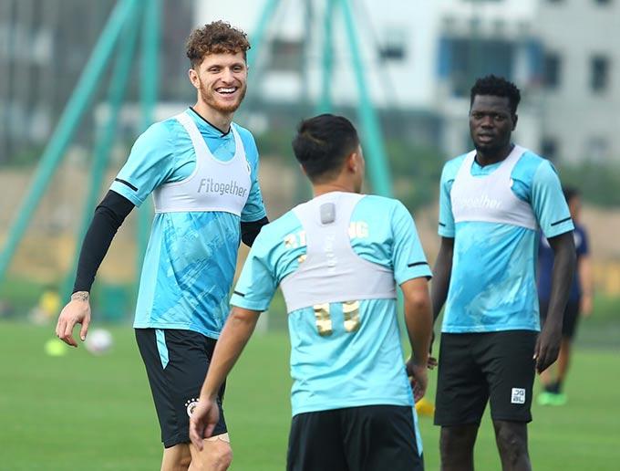 Ngoại binh Geovane khẳng định Hà Nội FC sẽ tìm mọi cách để giành được chiến thắng trước HAGL