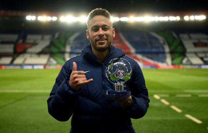 Neymar được bầu xuất sắc nhất trận