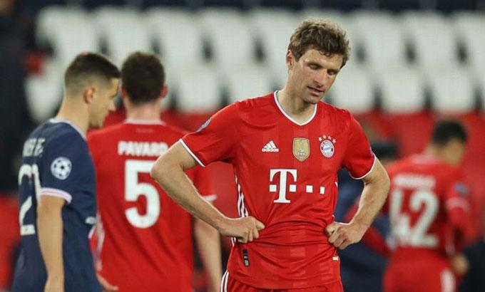 ĐKVĐ Bayern Munich dừng chân ở tứ kết sau khi bị PSG đánh bại bởi luật bàn thắng sân khách