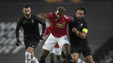 Pogba bị thay ra ngay đầu hiệp 2 trận gặp Granada