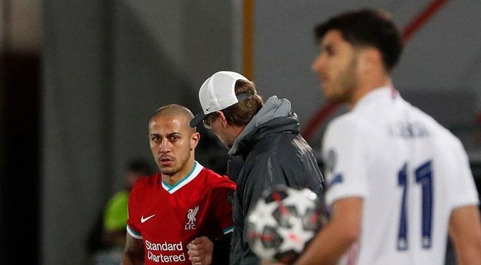 Nhưng trong 2 trận đấu quan trọng với Real, anh lại chỉ được tung vào sân từ ghế dự bị