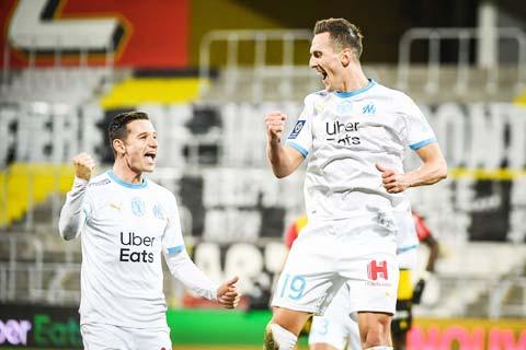 """Niềm vui chiến thắng sẽ đến với các cầu thủ Marseille khi họ chỉ phải đón tiếp """"chú lùn"""" Lorient"""