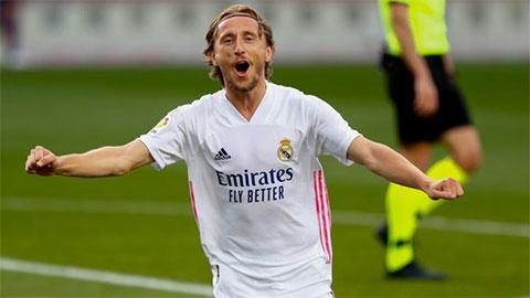 Luka Modric gia hạn hợp đồng với Real