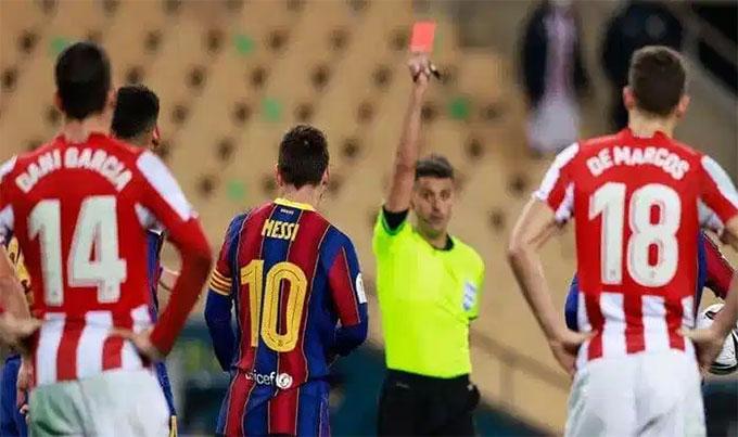 Messi phải nhận thẻ đỏ ở trận gặp Bilbao cách đây không lâu