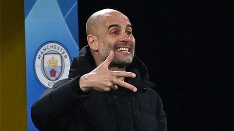 """Bị xem là tội đồ khiến Man City thua Chelsea, HLV Guardiola lập tức """"phản pháo"""""""