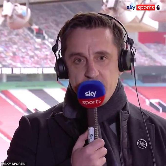 Neville phản đối gay gắt Super League