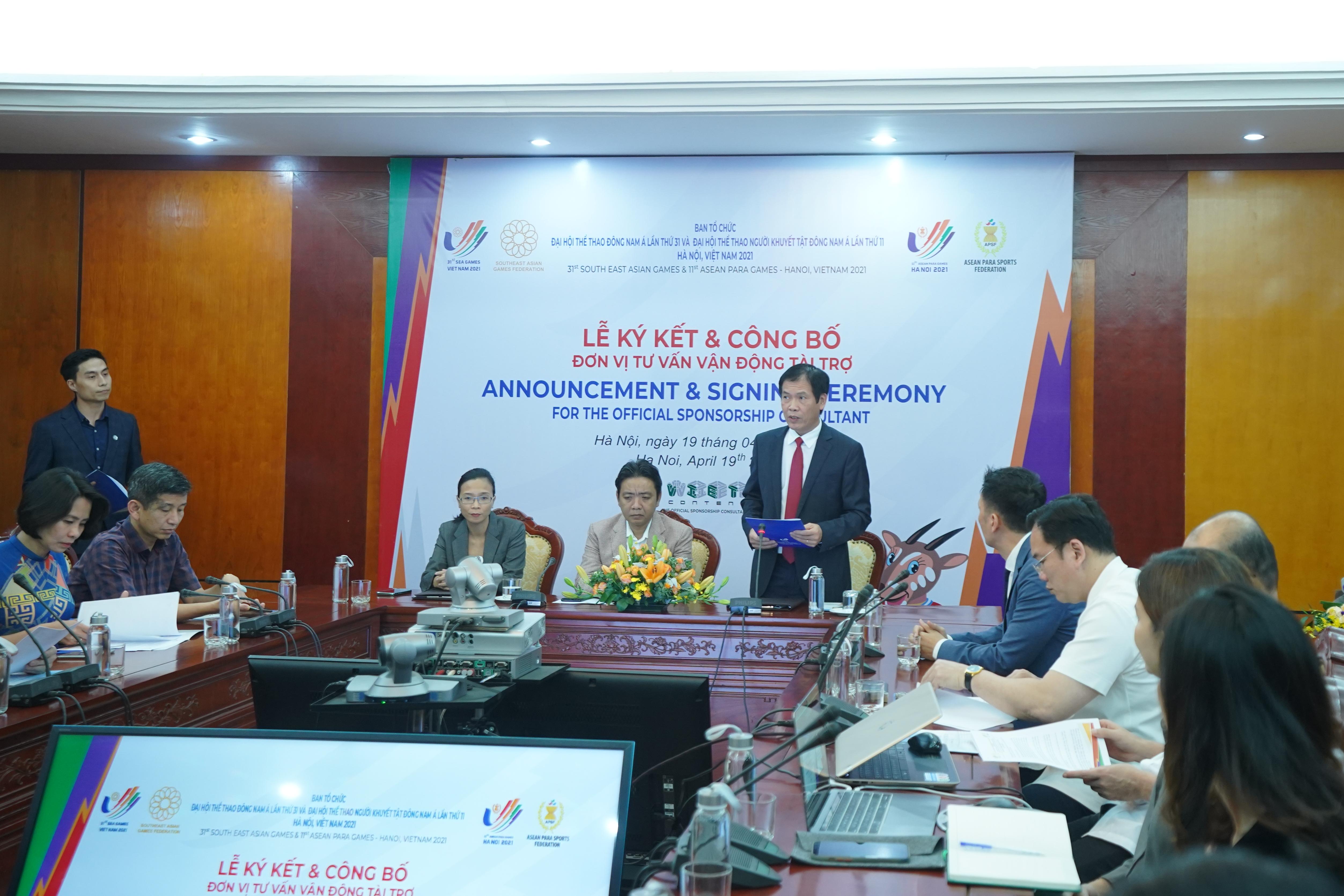 Phó tổng cục trưởng phụ trách Tổng cục TDTT - Trần Đức Phấn phát biểu tại buổi lễ ký kết