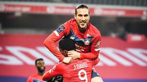 Lille hiện dẫn đầu bảng cũng chỉ hơn đội xếp thứ 4 là Lyon có 3 điểm