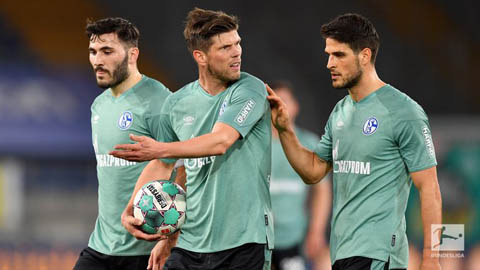 Schalke xuống hạng sau 30 năm
