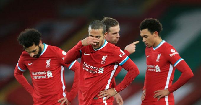 """Hàng tiền vệ không còn """"công nhân"""" khiến Liverpool sa sút"""