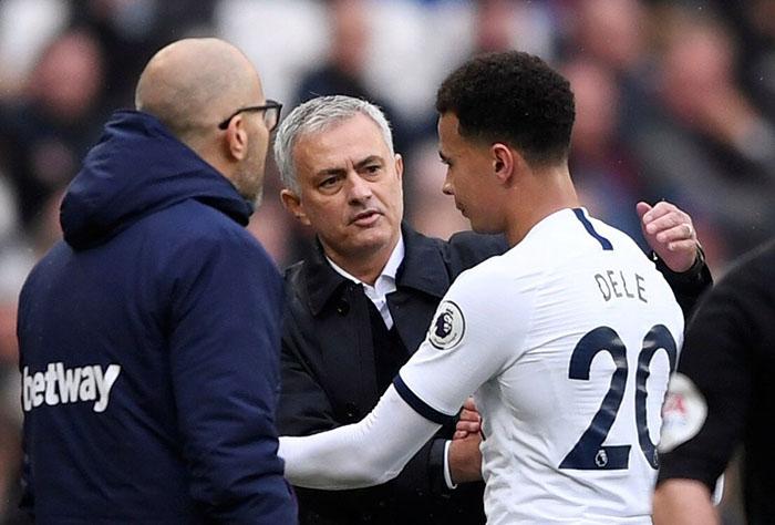 Mourinho không được lòng nhiều học trò ở Tottenham