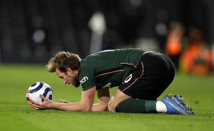 Kane nên rời Tottenham?