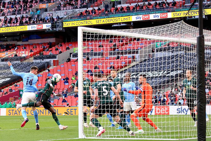 Laporte chơi hay và ghi bàn ở chung kết cúp Liên đoàn 2020/21