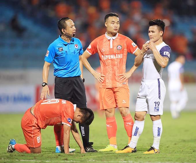 Hà Nội FC mất quyền tự quyết vào top 6 - Ảnh: Minh Tuấn