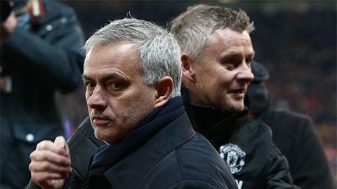 Cùng 144 trận dẫn dắt MU: Mourinho 3 danh hiệu, Solskjaer 0