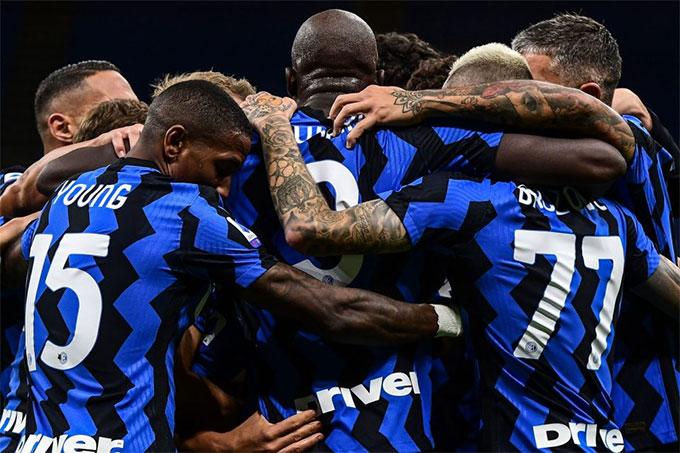 Từ vòng 8 đến vòng 15 Inter không đánh rơi điểm nào ở Serie A