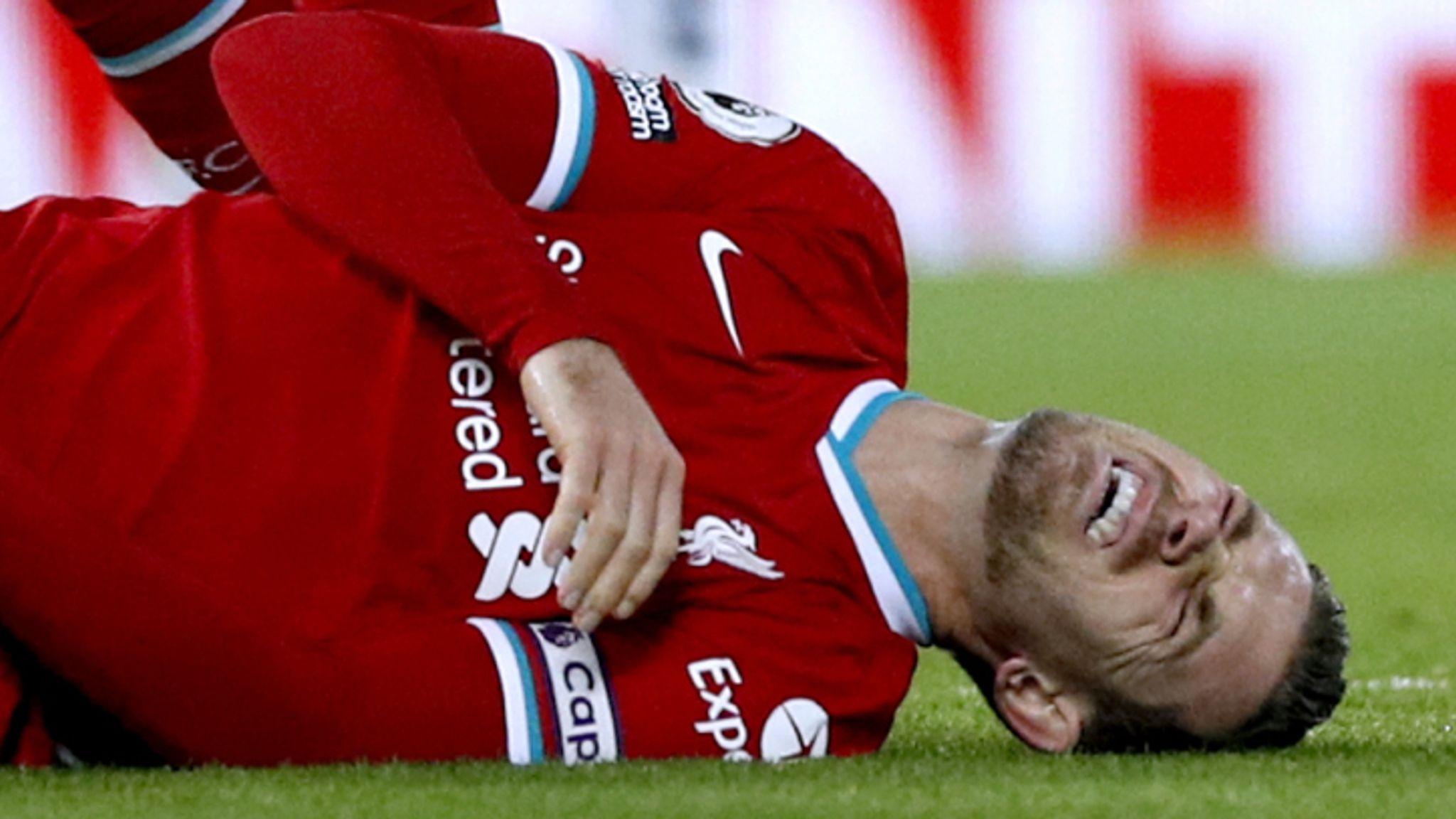 Henderson mắc chấn thương đau gót chân Fasciitis hiếm gặp và khó chữa dứt điểm