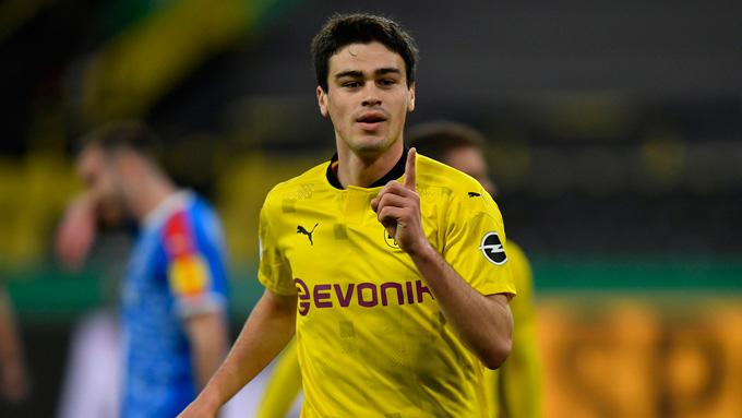 Reyna tỏa sáng với 1 cú đúp ở trận Dortmund vs Holstein Kiel