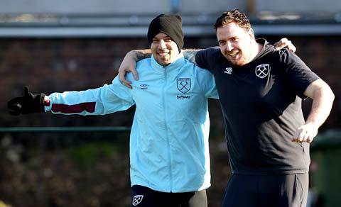 Saban luôn mang lại nguồn năng lượng tích cực cho các cầu thủ West Ham