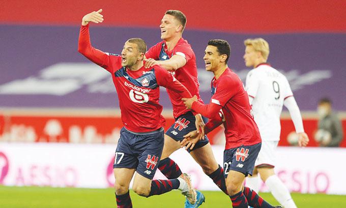 Lille vẫn đang dẫn đầu tại Ligue 1 khi giải chỉ còn 3 vòng nữa