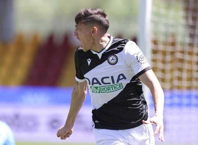 Molina mở tỷ số trận Udinese vs Juventus ngay phút thứ 10