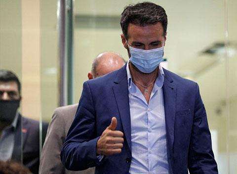 Bác sĩ giải phẫu thần kinh của Maradona, Leopoldo Luque đang bị điều tra