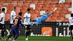 Messi tiến sát kỷ lục của Maradona