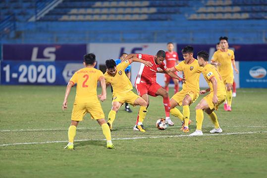 Viettel sẽ có trận đấu khó khăn khi tiếp HL Hà Tĩnh đang có phong độ cao - Ảnh: Đức Cường