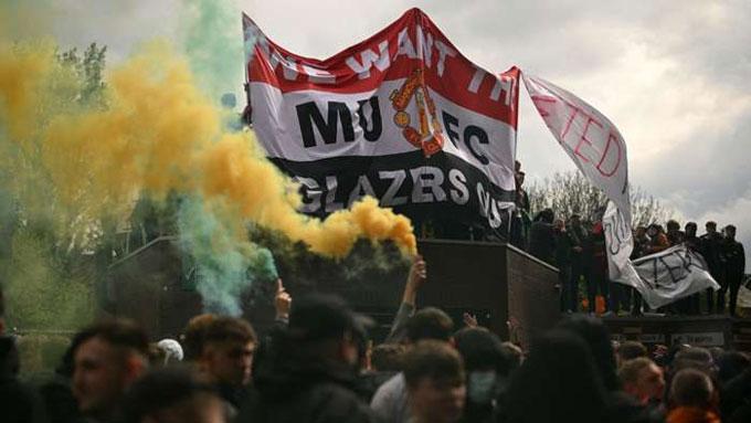 Fan MU biểu tình hôm Chủ nhật tuần trước