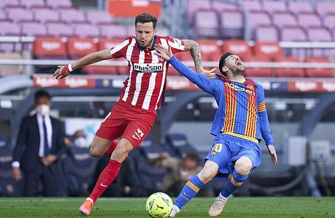 Messi thường xuyên bị phạm lỗi