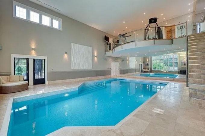 Bể bơi cỡ nhỏ trong nhà