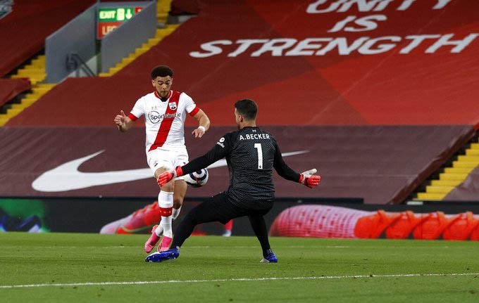 Alisson đã có màn trình diễn tốt trước Southampton