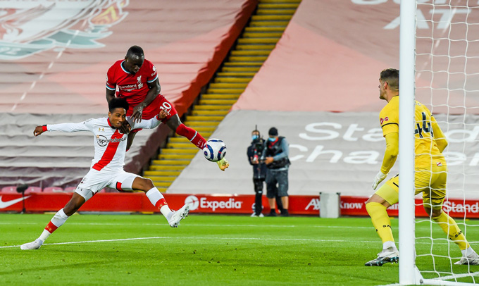 Mane mở tỷ số trận Liverpool vs Southampton ở phút 31