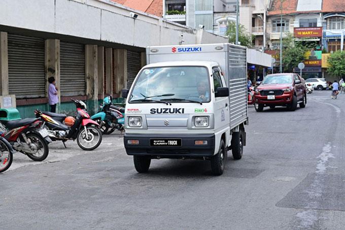 Xe tải nhẹ Suzuki Carry giúp người dùng tự tin, yên tâm suốt quá trình sử dụng