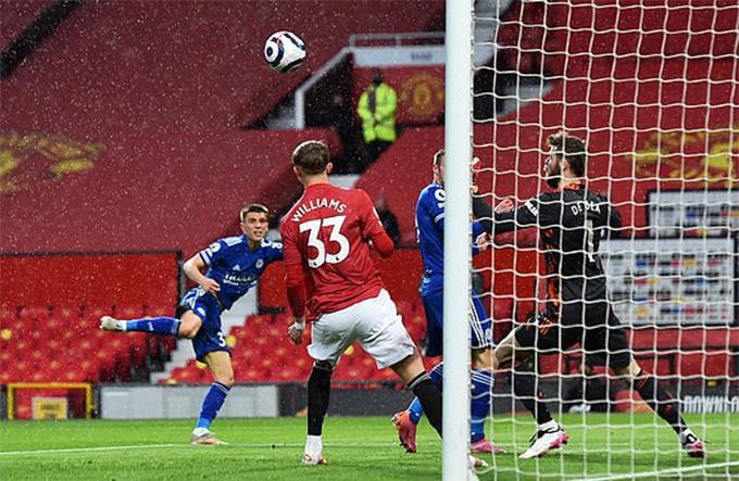 Thomas mở tỷ số trận MU vs Leicester