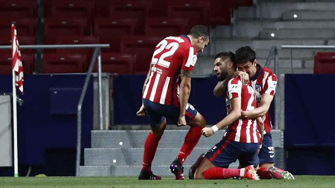 Carrasco mở tỷ số trận đấu Atletico vs Sociedad