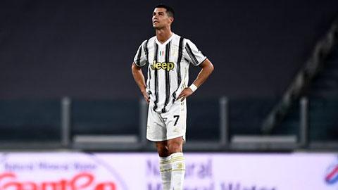 Bà Dolores yêu cầu Ronaldo về đá cho Sporting Lisbon