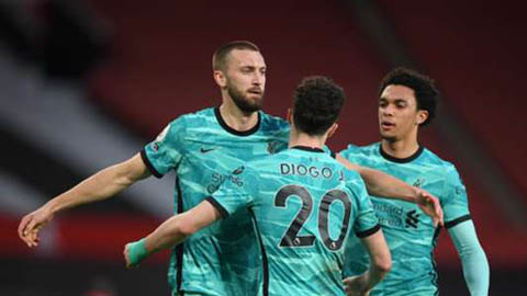 Điểm nhấn MU 2-4 Liverpool: 'Vua ngược dòng' MU bị ngược dòng