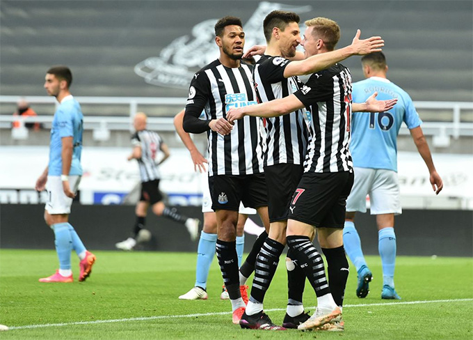 Kraft ghi bàn mở tỷ số cho Newcastle