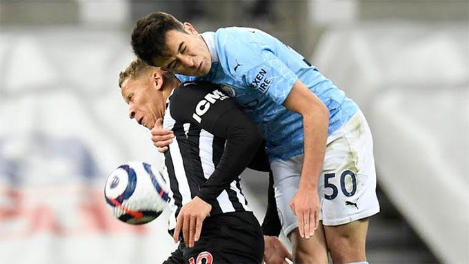 Newcastle chỉ thắng 1 trong 4 vòng gần nhất