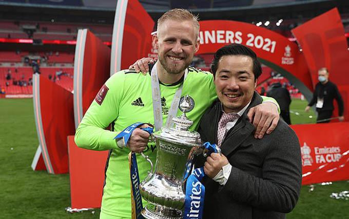 Gia đình nhà Srivaddhanaprabha rất được lòng CĐV và cầu thủ Leicester